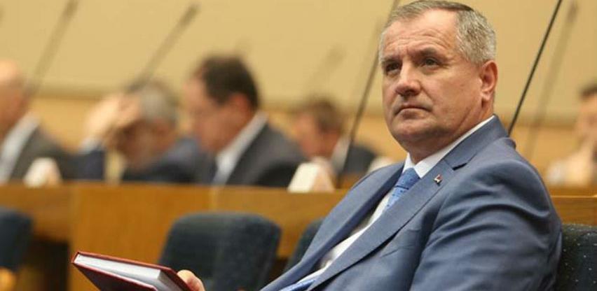 Gasifikacija i izgradnja autoputa do Beograda najveći projekti RS-a