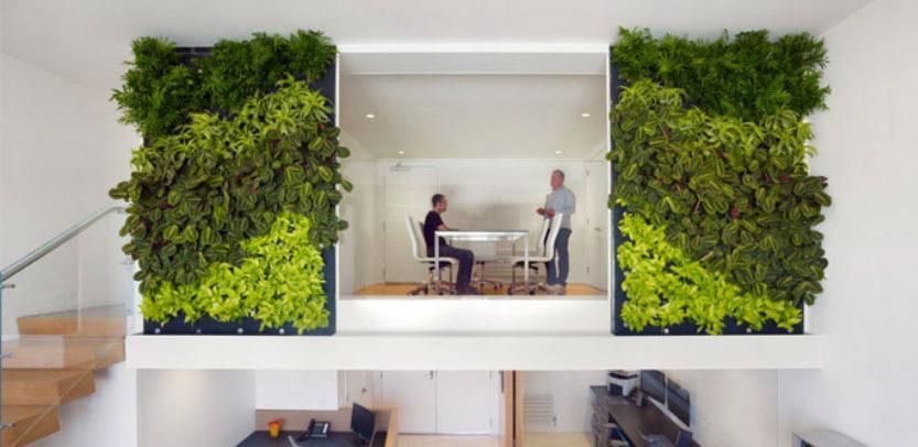 Zeleni ured naziv je za skup aktivnosti koje bi zaposleni trebali redovno prakticirati da bi se u svakodnevnom uredskom poslovanju smanjili troškovi za energente.