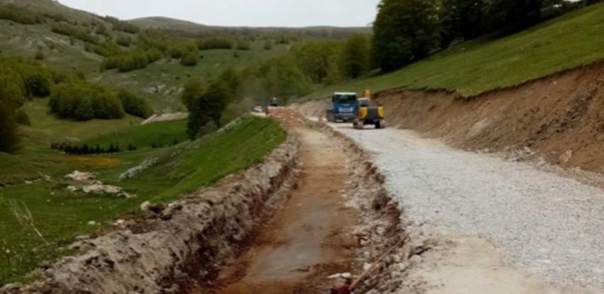 U toku rekonstrukcija dionice puta koja povezuje bjelašnička sela