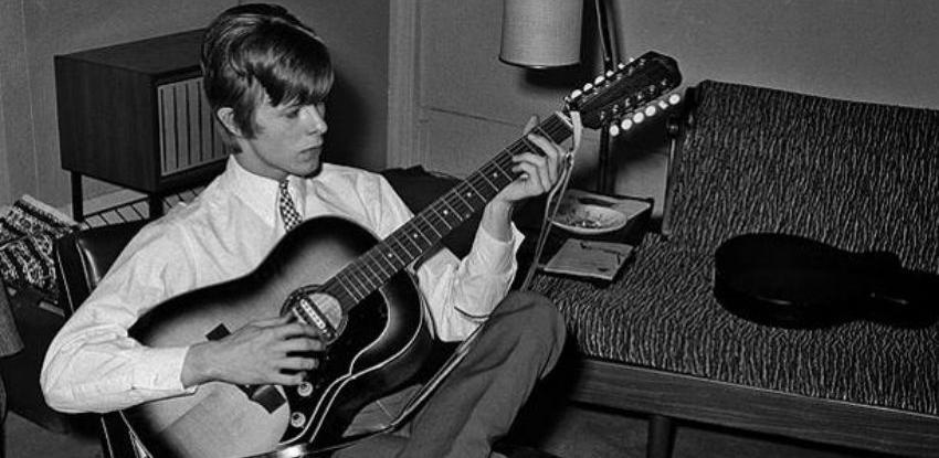 Prva poznata snimka Davida Bowieja prodana za oko 40.000 funti