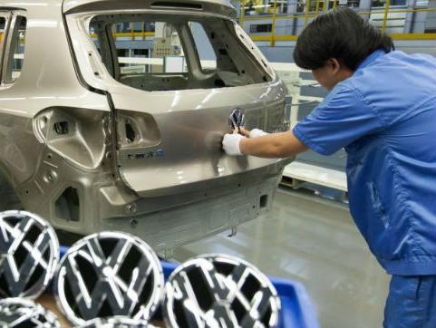 Tri firme iz BiH radit će za Volkswagen, još tri očekuju dobivanje posla