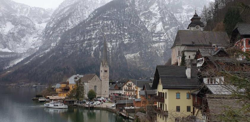 Halstatt, selo iz bajke, dnevno posjeti preko 10 000 turista