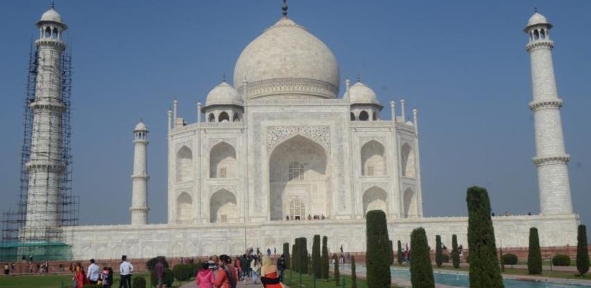 Obnavlja se kula Taj Mahal