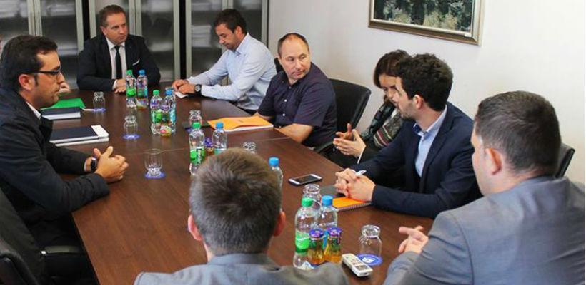 Francuska grupacija SLB zainteresovana za ulaganja u šumarstvo u USK