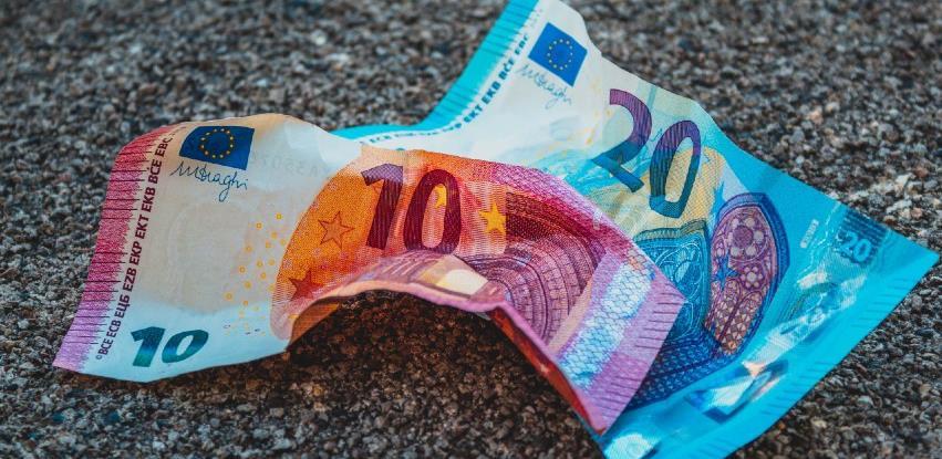 Inflacija u EU u travnju na najvišoj razini u dvije i pol godine