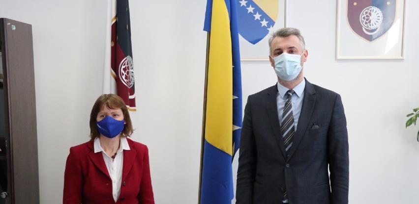 Premijer Forto i šefica Misije OSCE-a Kavalec: Nastaviti s borbom protiv korupcije