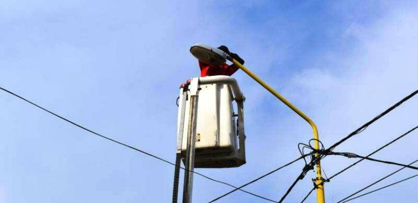 Počeli radovi na postavlјanju LED rasvjete u Vlasenici