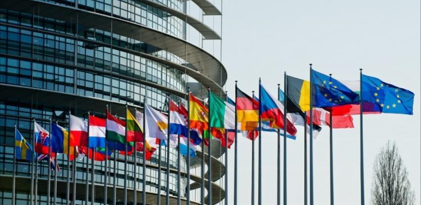 Čelnici EU bez rješenja spora s Mađarskom i Poljskom za usvajanje budžeta