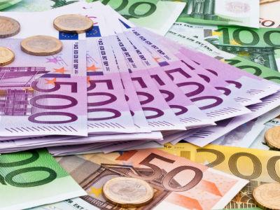 Građani povukli gotovo 60 miliona eura iz banaka