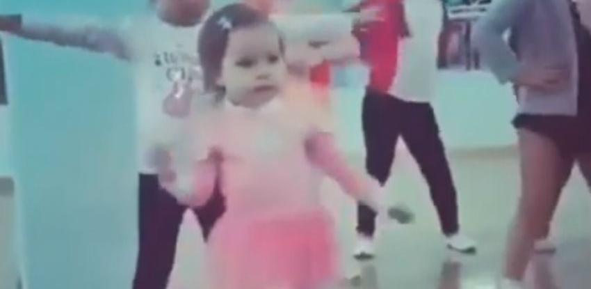 Biti normalan je dosadno: Njen ples zasigurno nije dosadan