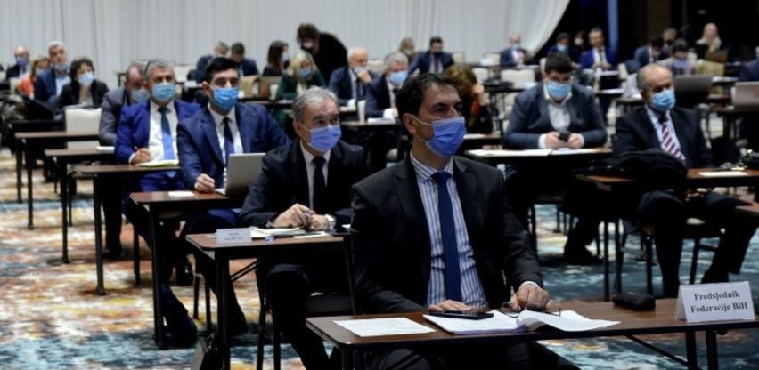 Parlament zadužio Vladu FBiH da formira ad hoc tim za direktne pregovore s proizvođačima vakcine