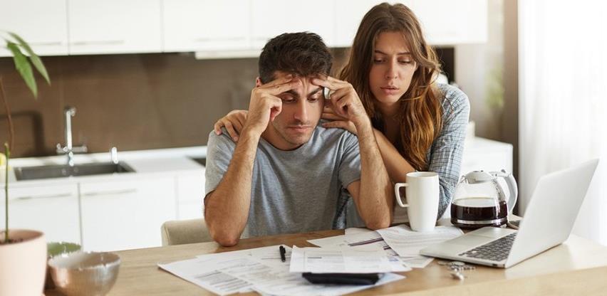Građani oprezni, sve se manje dižu krediti, posebno stambeni