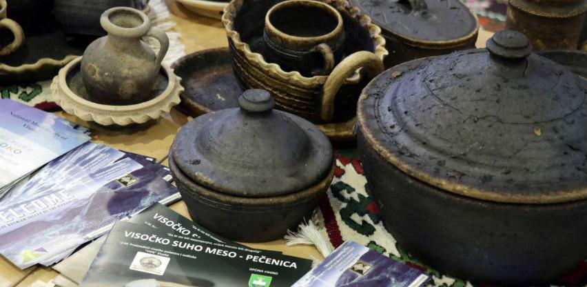 Posjetioci Sajma turizma zanimali se za ćupove grnčara iz sela Liješeva