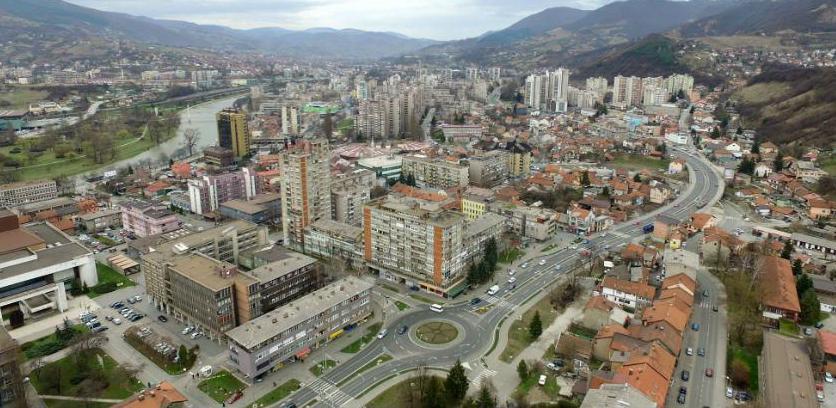 Grad Zenica uređuje gradski trg u Radakovu