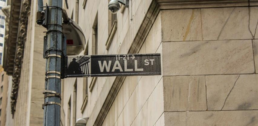 Wall Street oštro pao, dionice Facebooka potonule za pet posto