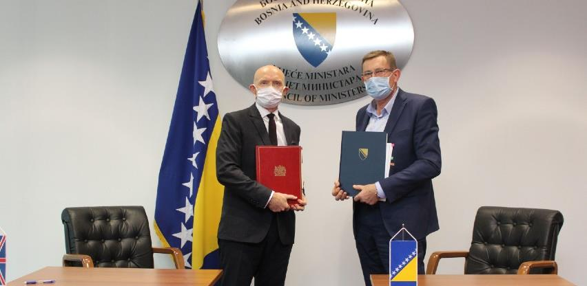 Potpisan sporazum o cestovnom prijevozu između Ujedinjenog Kraljevstva i BiH