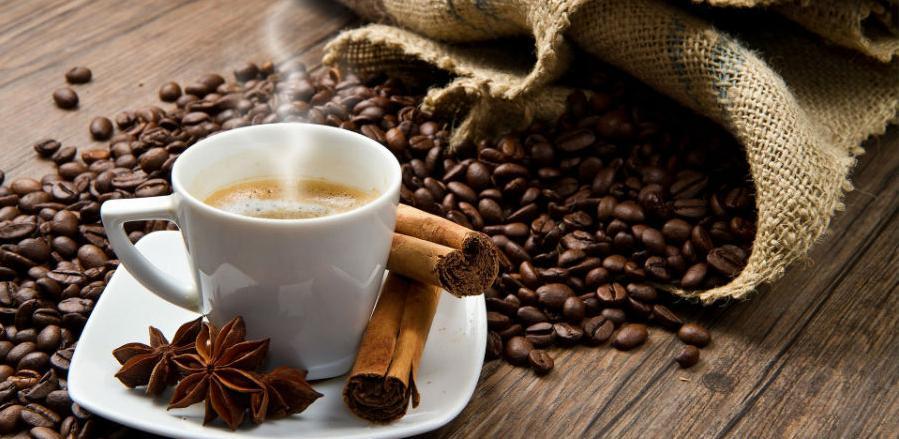 Nikad ne pijte kafu na prazan želudac, evo zbog čega!