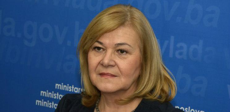 Vlada Federacije BiH utvrdila je na današnjoj sjednici u Mostaru Prednacrt zakona o doprinosima i Prednacrt zakona o porezu na dohodak.