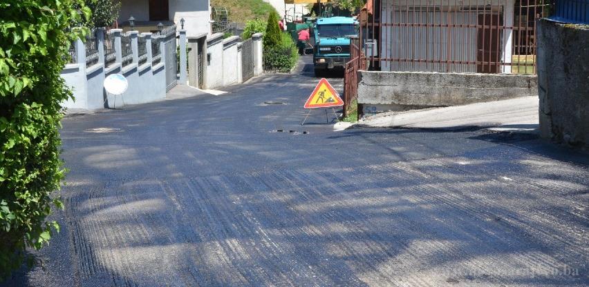 Završava se asfaltiranje Novopazarske ulice u Novom Sarajevu
