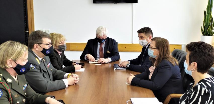 Gudeljević i general Platzer o daljnjoj suradnji i razminiranju u BiH