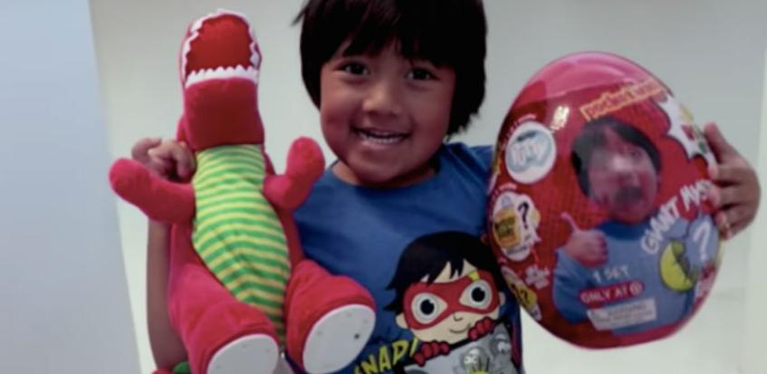 Sedmogodišnjak na YouTube zaradio 22 miliona dolara