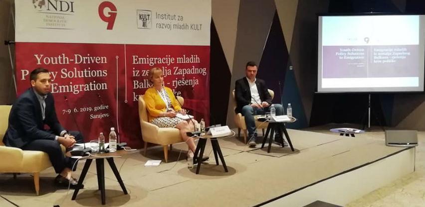 Mladi iz zemalja Zapadnog Balkana odlaze zbog političke nestabilnosti