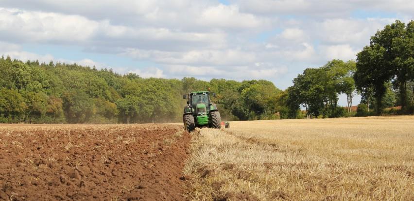 Politika razara poljoprivredu