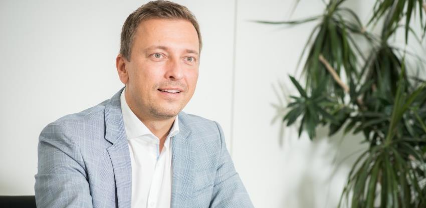 Dobnigg: Zahtjev za moratorij je podnijelo više od 5.500 klijenata Raiffeisena
