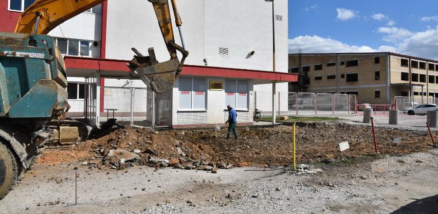 Počeli radovi na izgradnji saobraćajnice kroz poslovnu zonu Ozrakovići