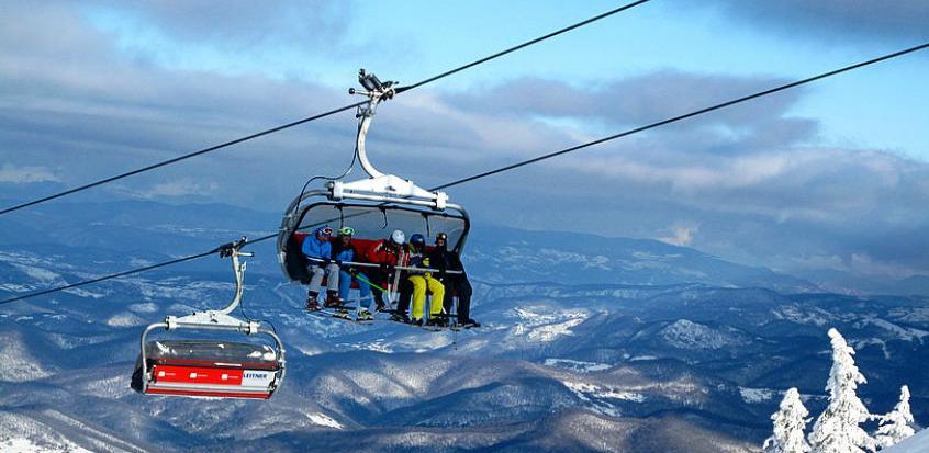 Na Jahorini za vikend uživalo 10.000 skijaša i bordera
