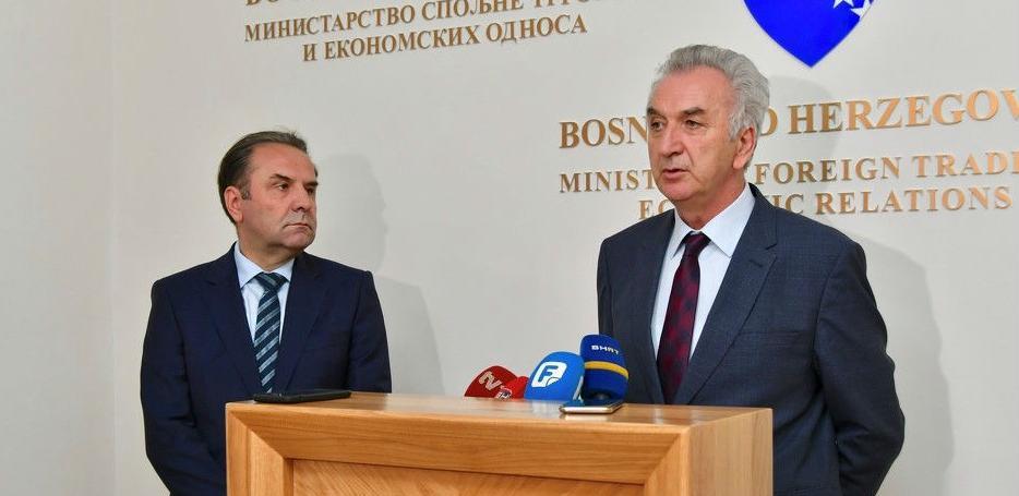 Ukoliko Kosovo ne ukine takse, BiH i Srbija uvode kontramjere