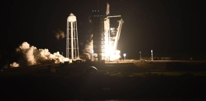 Kapsula SpaceX-a s četvero astronauta pristala je na ISS