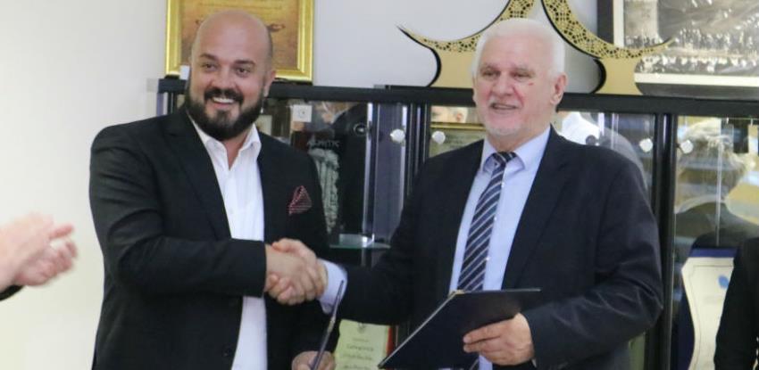 Sljedeće godine počinje gradnja tramvajske pruge od Ilidže do Hrasnice