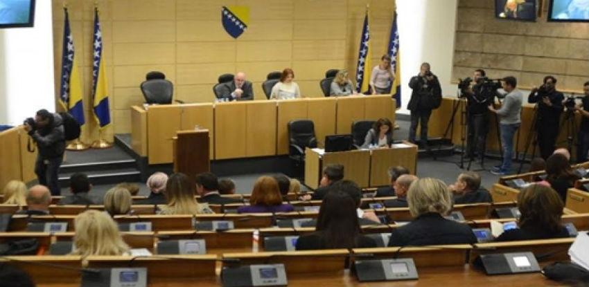 Predstavnički dom usvojio Nacrt zakona o obaveznim osiguranjima u prometu