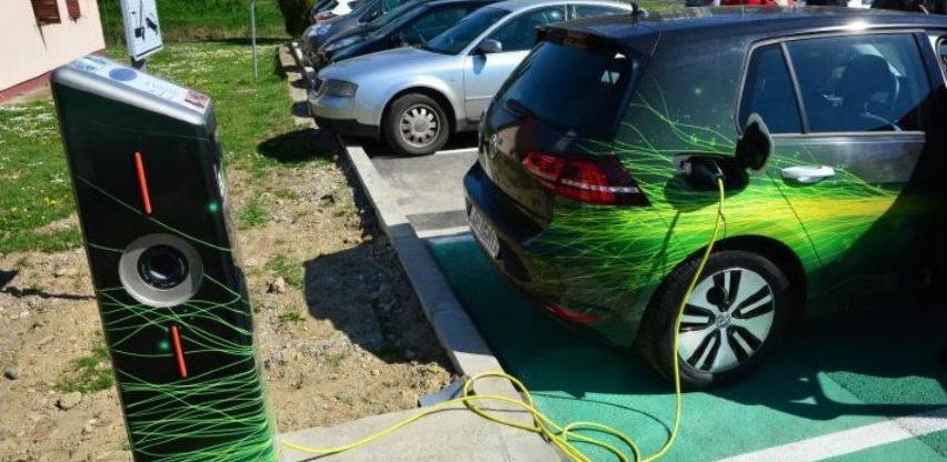 Europa mora proširiti mrežu punionica, poručuje autoindustrija