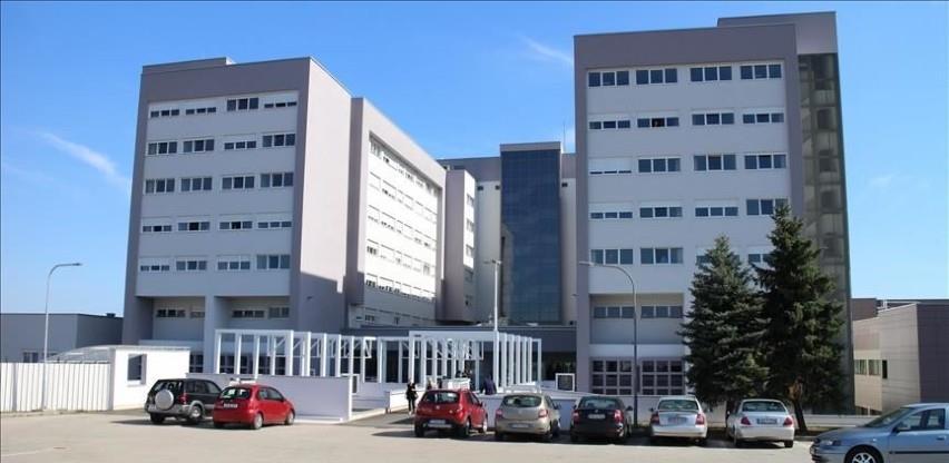 Zdravstveni radnici UKC-a: Umjesto na proteste dođite da volontirate na Paprikovac