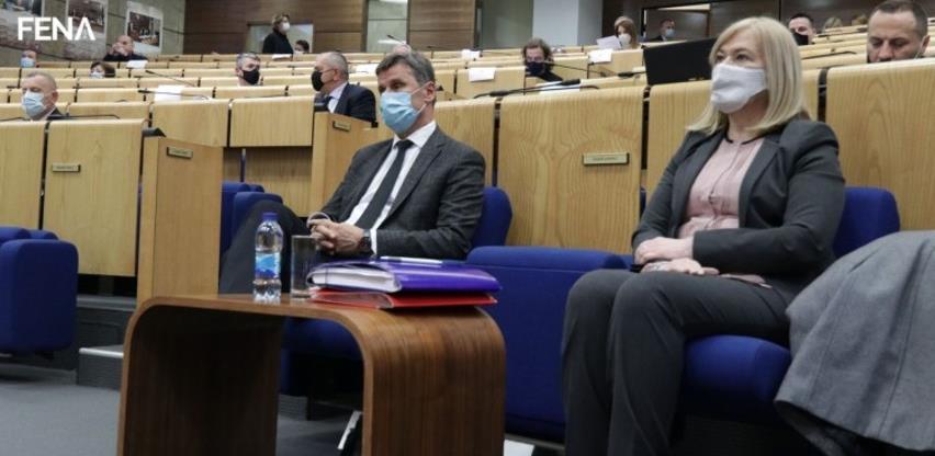 Miličević: Očuvati radna mjesta i zaštititi zdravstvo