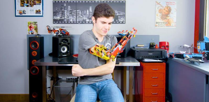 Vještačka robotska ruka od Lego kockica
