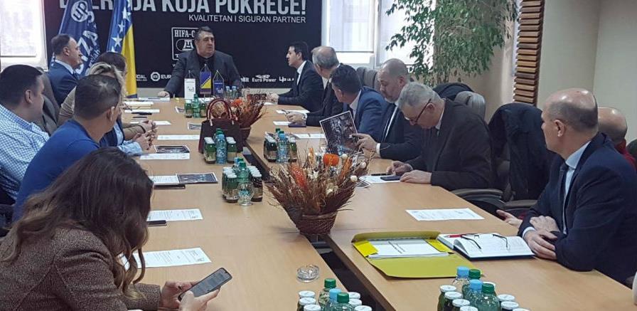 Vlada ZDK podržava Sajam privrede Tešanj