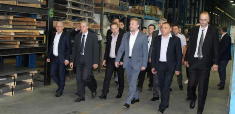 Državna delegacija u posjeti Bosanskoj Krupi i firmi Krupa-kabine