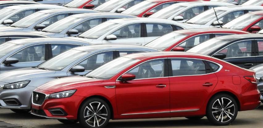 Prodaja automobila u Kini manja za 22,4 odsto