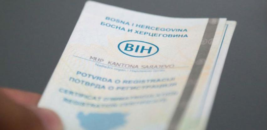 Na pomolu plastične saobraćajne dozvole u BiH