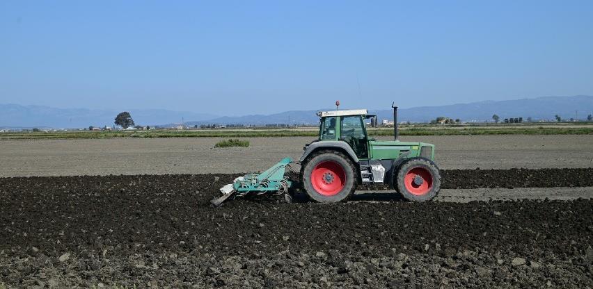 U Prijedoru skoro 400 hektara poljoprivrednog tla, državnog vlasništva, ide u zakup