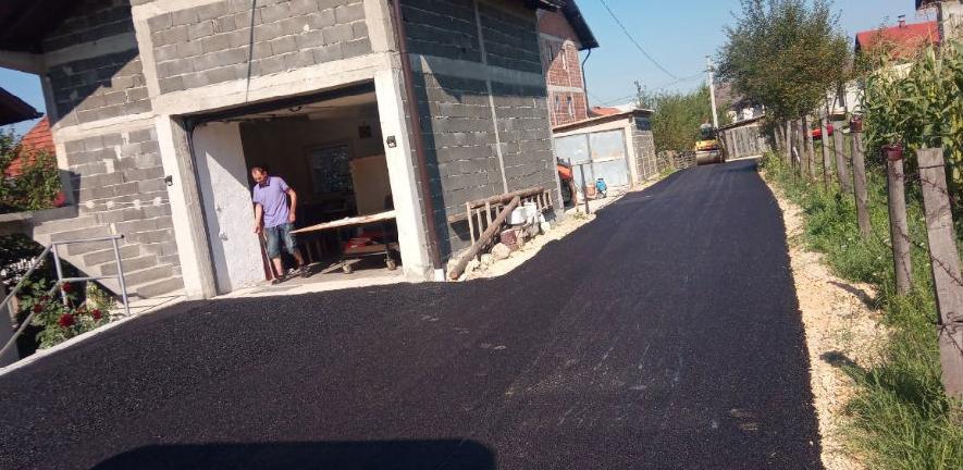Asfaltirano novih 140 metara puta u naselju Vratuša