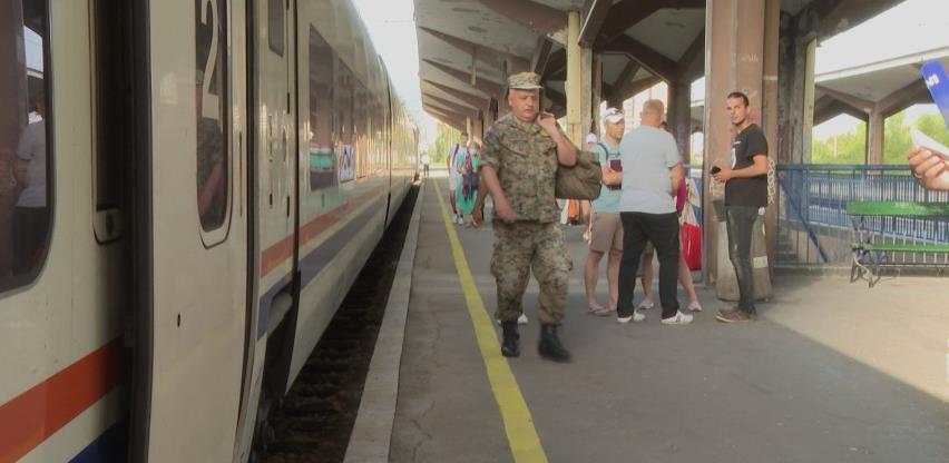 Brzi voz od Sarajeva do Hadžića trebao bi smanjiti gradske gužve