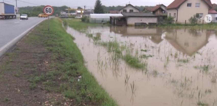 Nove poplave na području Tuzlanskog kantona (Video)
