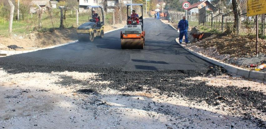 Završena rekonstrukcije i asfaltiranja puta u Podgajevima