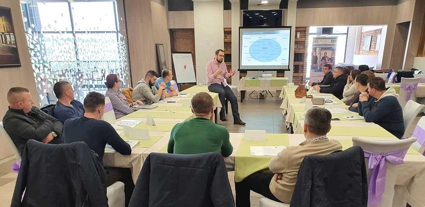 Targer Frontline PRO - Najbolja prilika za edukaciju kompletnih rukovodilaca