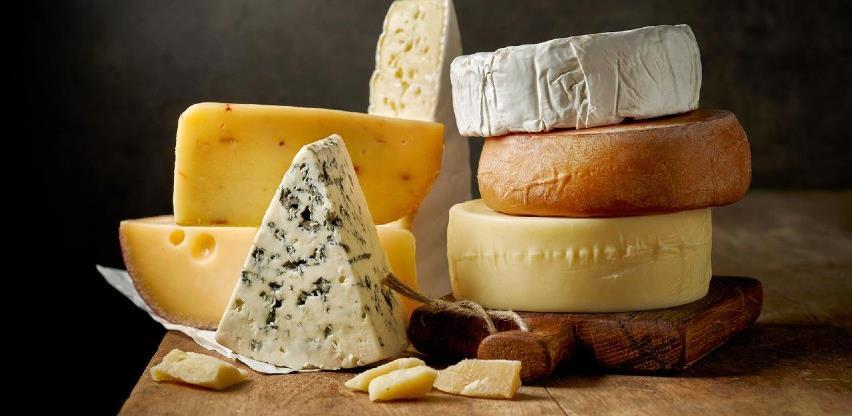 Analiza pokazala: Dnevno pojedemo 34 tone uvoznog, većinom jeftinog sira