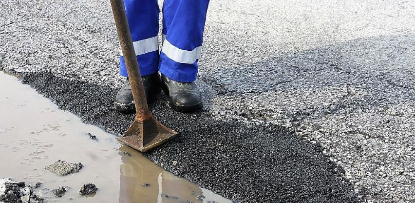 Općina Novi Grad pronašla način za brzu i efikasnu sanaciju oštećenja na cestama